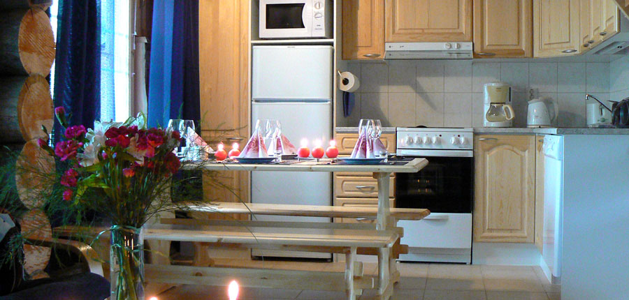 finland_lapland_yllas_yllas_log_cabin_kitchen.jpg